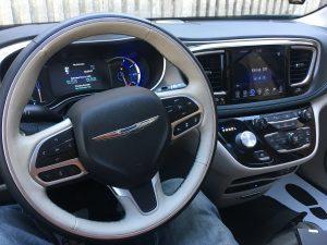 2017 Chrysler PlugIn Hybrid